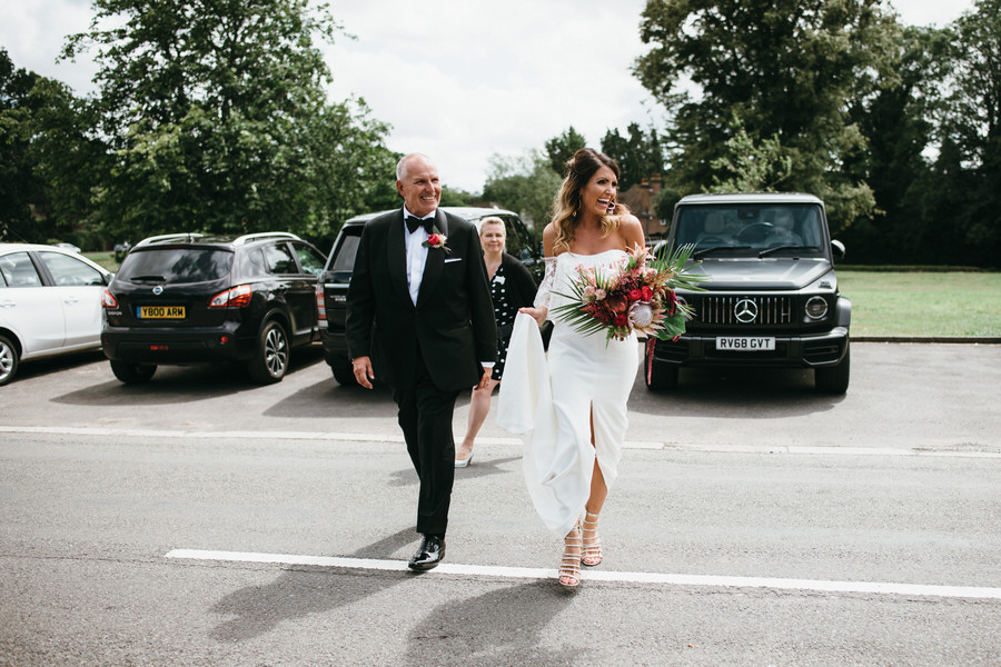 Super elegant and sophisticated black tie wedding in Hertfordshire, photographer credit Simon Biffen Photography (17)
