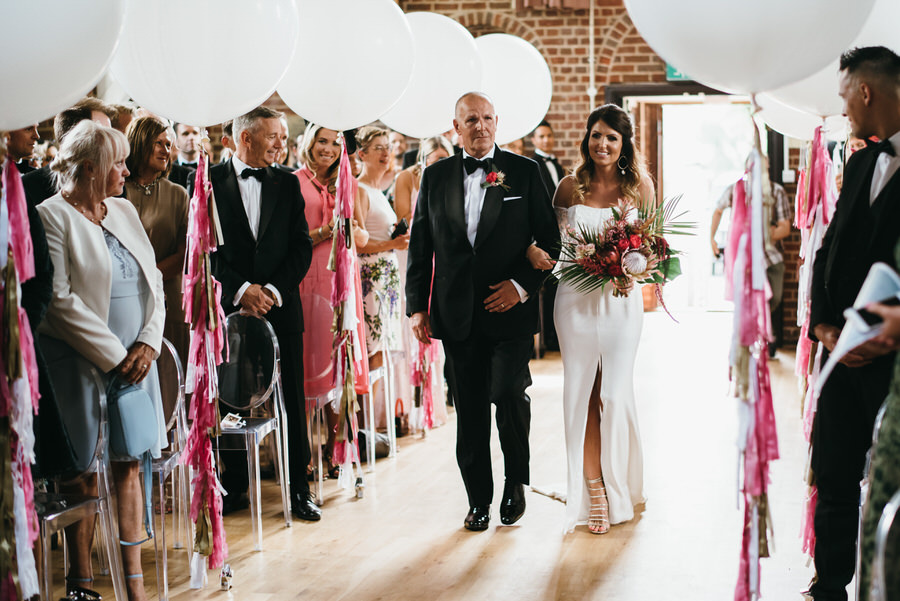 Super elegant and sophisticated black tie wedding in Hertfordshire, photographer credit Simon Biffen Photography (19)