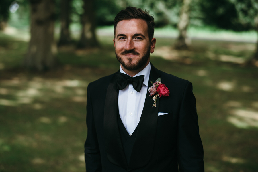 Super elegant and sophisticated black tie wedding in Hertfordshire, photographer credit Simon Biffen Photography (28)