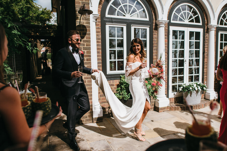 Super elegant and sophisticated black tie wedding in Hertfordshire, photographer credit Simon Biffen Photography (30)