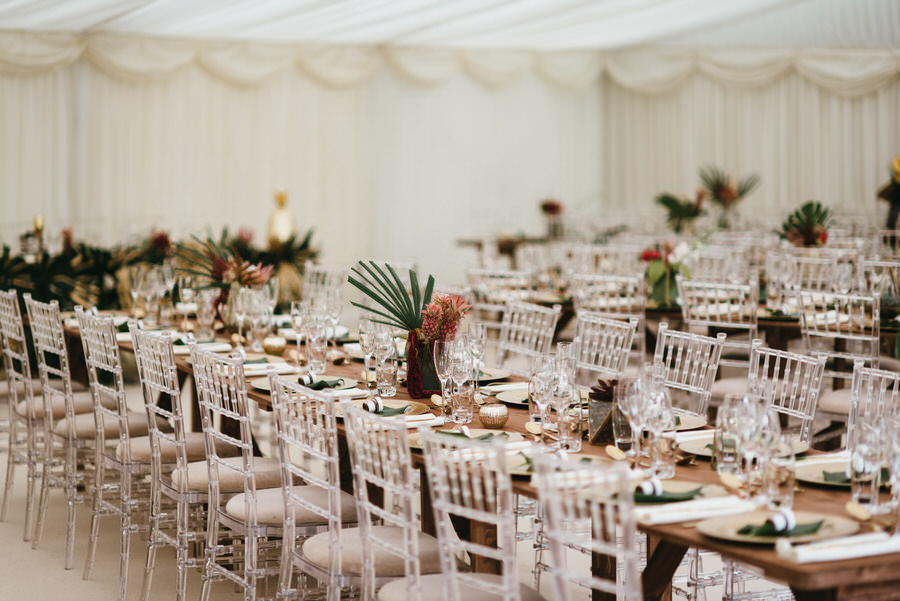 Super elegant and sophisticated black tie wedding in Hertfordshire, photographer credit Simon Biffen Photography (31)
