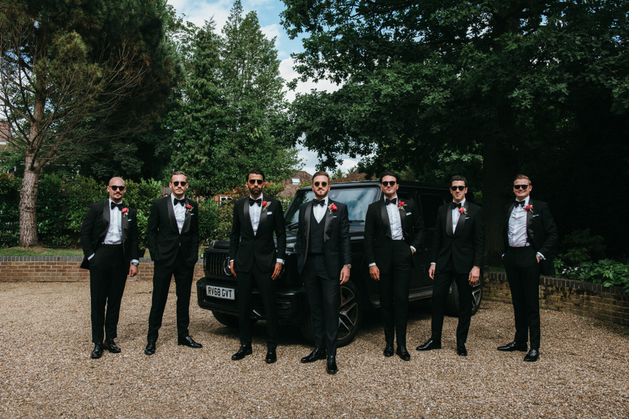 Super elegant and sophisticated black tie wedding in Hertfordshire, photographer credit Simon Biffen Photography (39)