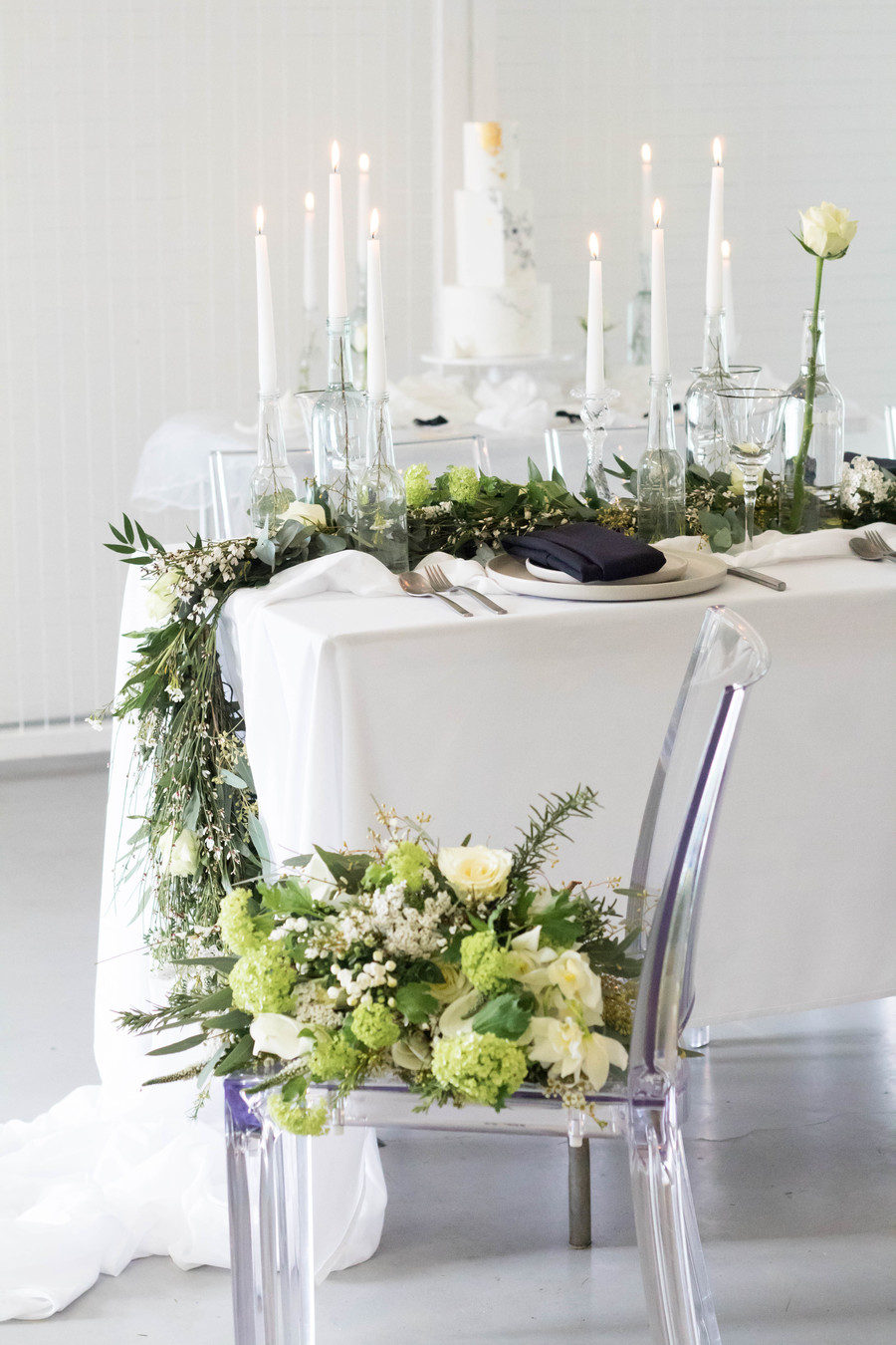 Sleek and modern wedding inspiration from Wakefield with Lam D Peretti Photography (14)