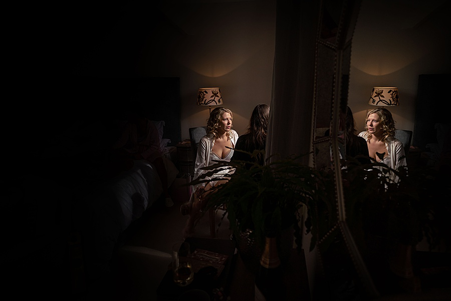 Emily & Joe's timeless and classic Lulworth Castle wedding, with Linus Moran Photography (4)