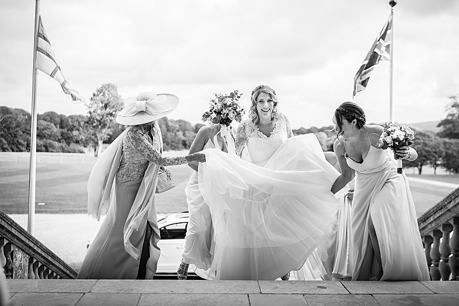 Emily & Joe's timeless and classic Lulworth Castle wedding, with Linus Moran Photography (16)