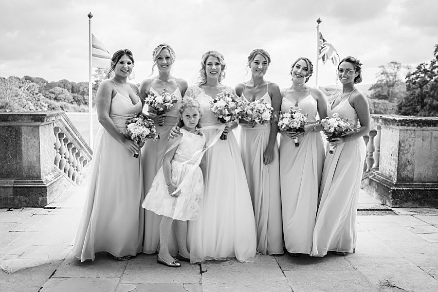 Emily & Joe's timeless and classic Lulworth Castle wedding, with Linus Moran Photography (18)