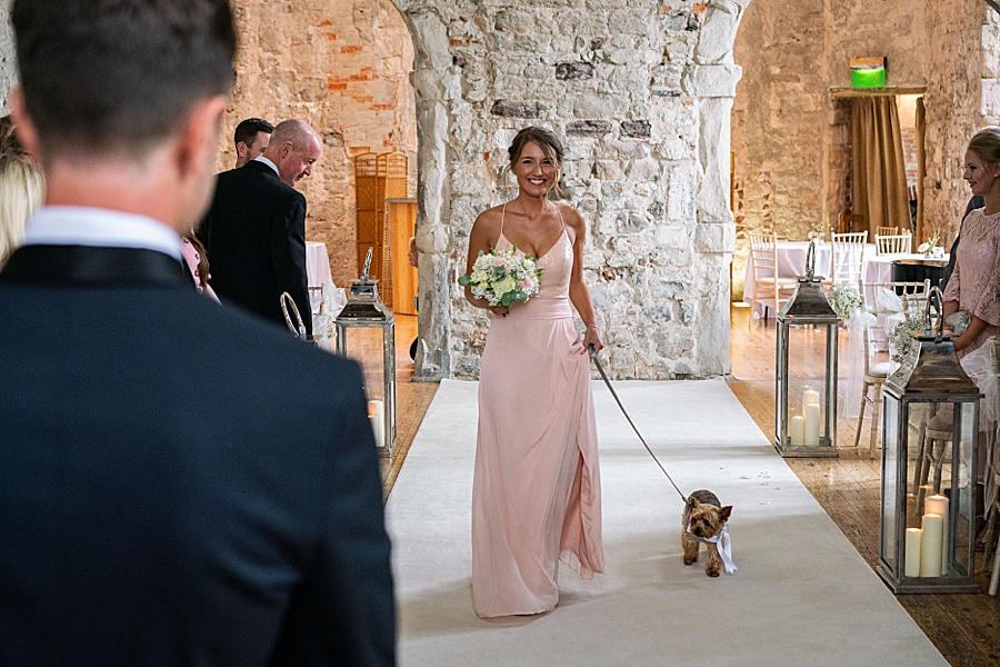 Emily & Joe's timeless and classic Lulworth Castle wedding, with Linus Moran Photography (22)