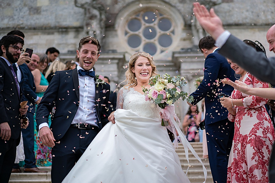 Emily & Joe's timeless and classic Lulworth Castle wedding, with Linus Moran Photography (31)