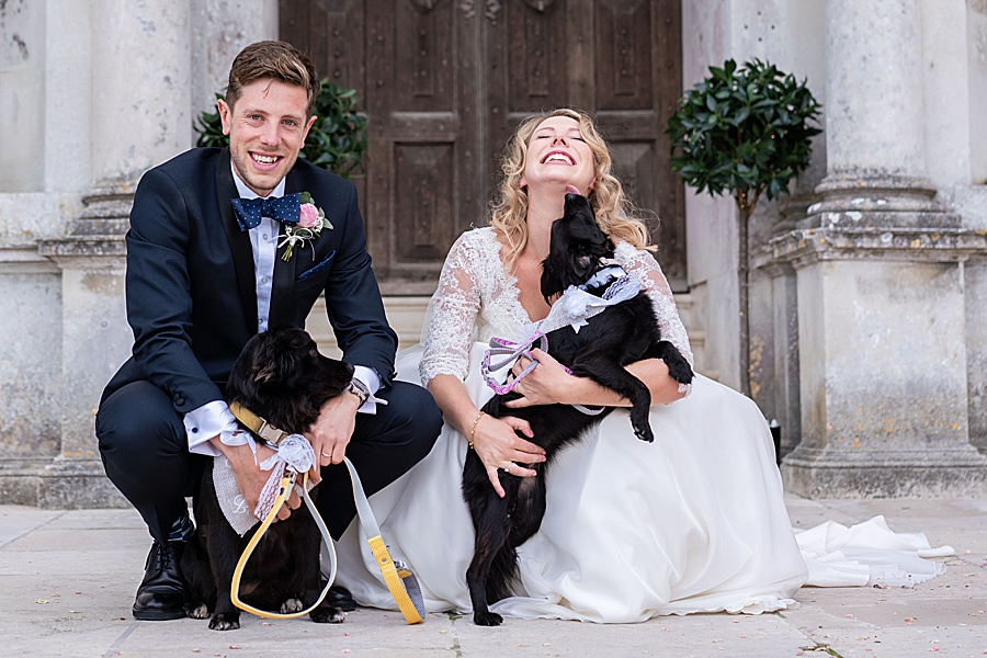 Emily & Joe's timeless and classic Lulworth Castle wedding, with Linus Moran Photography (32)