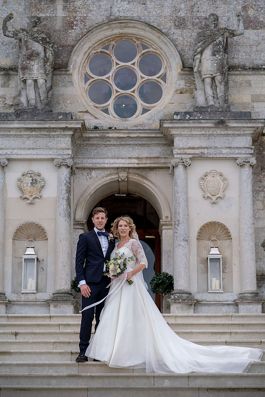 Emily & Joe's timeless and classic Lulworth Castle wedding, with Linus Moran Photography (40)