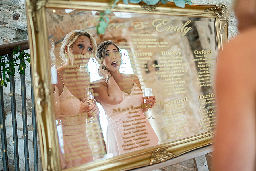 Emily & Joe's timeless and classic Lulworth Castle wedding, with Linus Moran Photography (41)