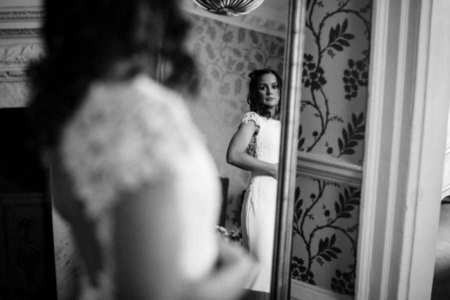 James & Sarah's chic, modern Morden Hall wedding, with Simon Biffen Photography (10)