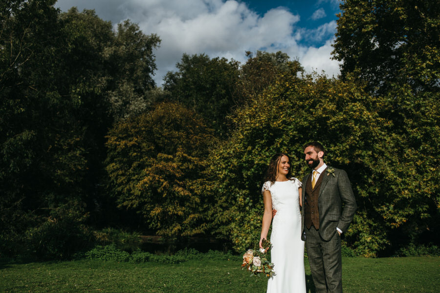 James & Sarah's chic, modern Morden Hall wedding, with Simon Biffen Photography (25)