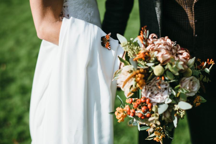 James & Sarah's chic, modern Morden Hall wedding, with Simon Biffen Photography (26)