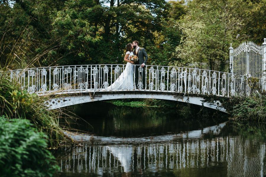 James & Sarah's chic, modern Morden Hall wedding, with Simon Biffen Photography (29)