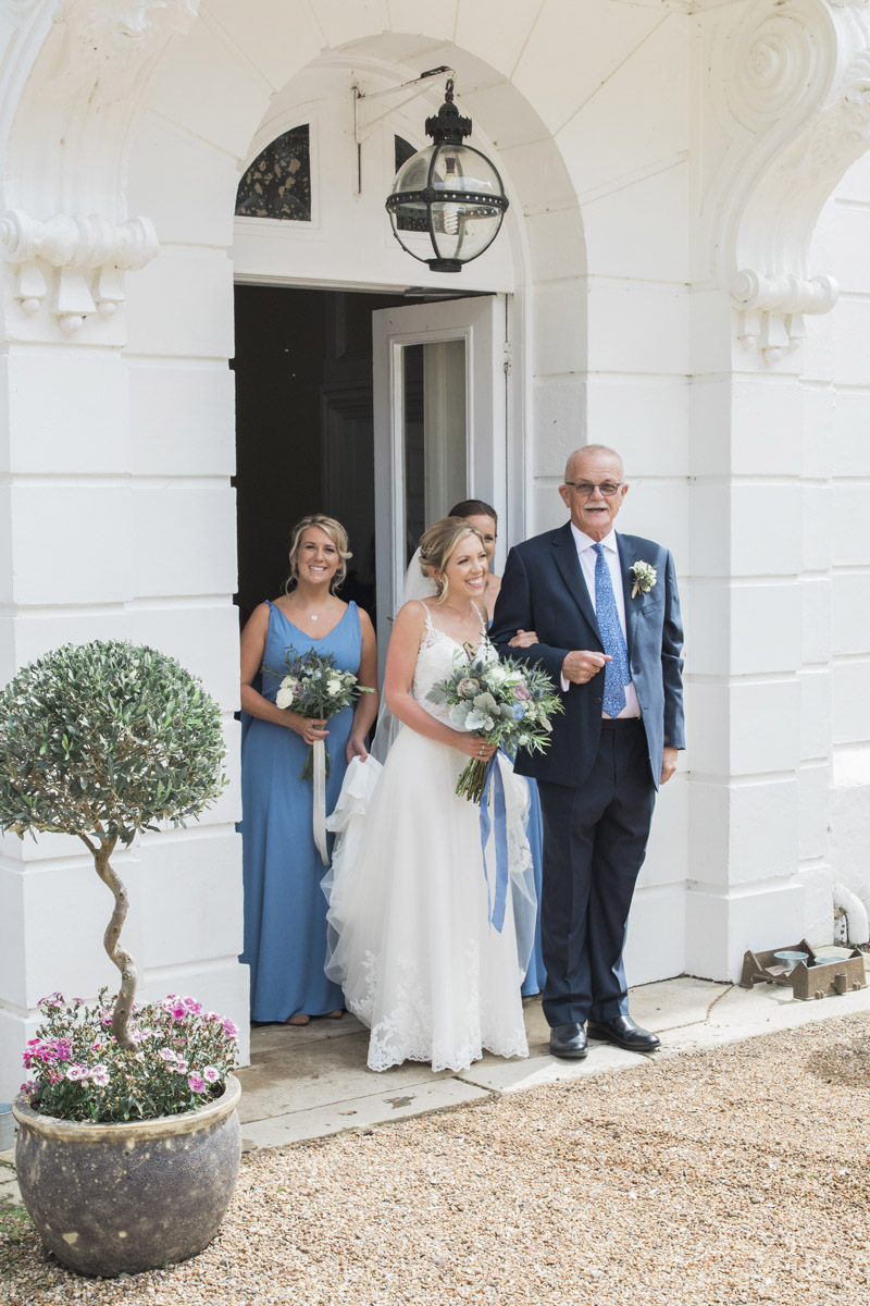 Hannah & Mark's elegant rustic Oxon Hoath wedding, with Natalie D Photography (15)