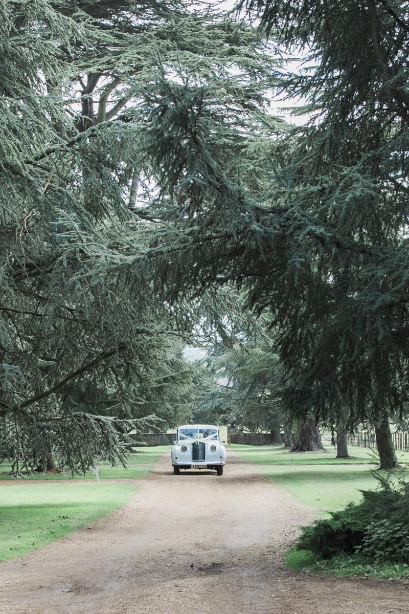 Hannah & Mark's elegant rustic Oxon Hoath wedding, with Natalie D Photography (27)