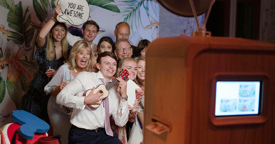 One Booth wedding photo booth hire Hampshire