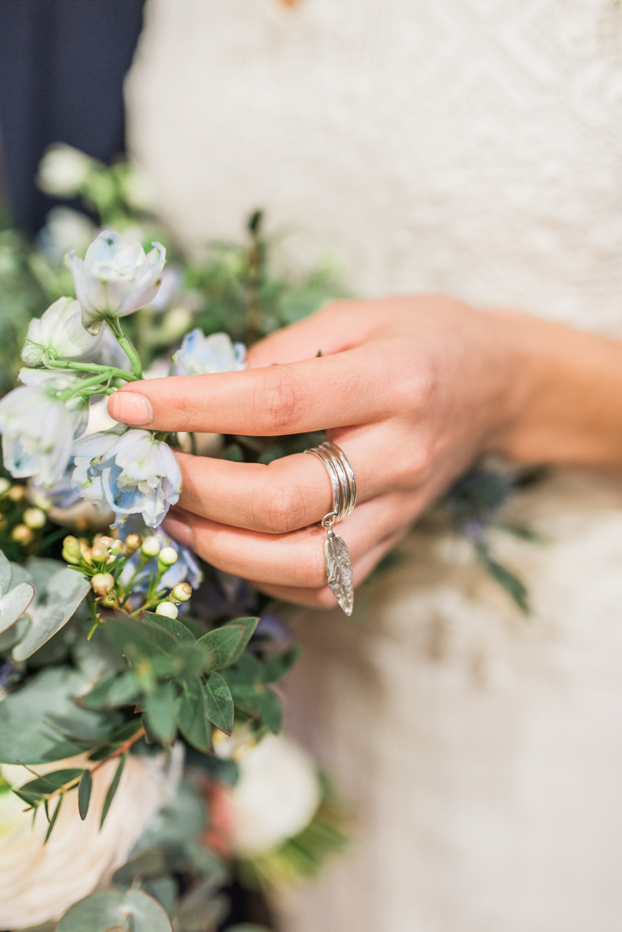 Beautiful blue wedding inspiration for 2021 couples, photo credit Laura Jane Photography (25)