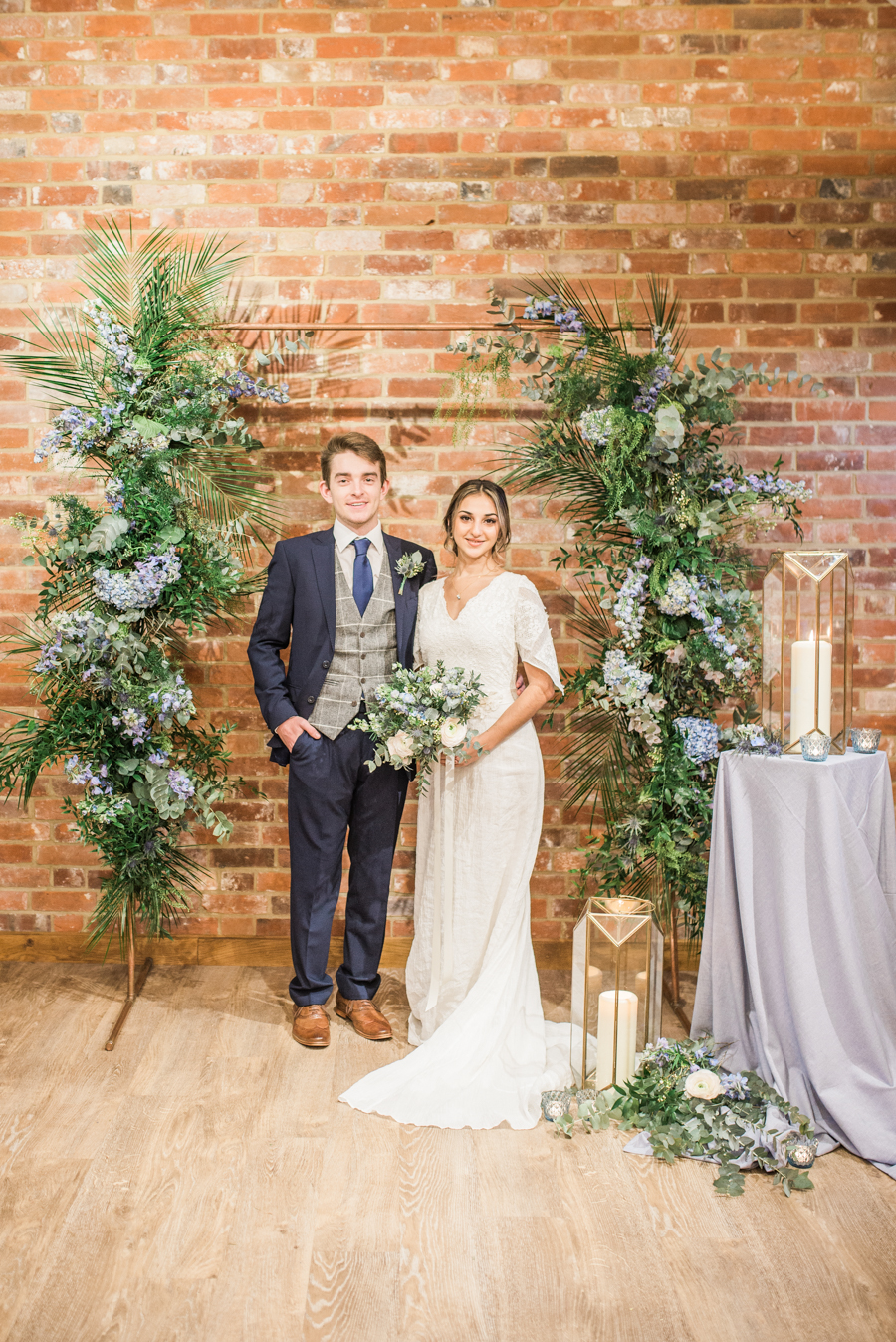 Beautiful blue wedding inspiration for 2021 couples, photo credit Laura Jane Photography (24)