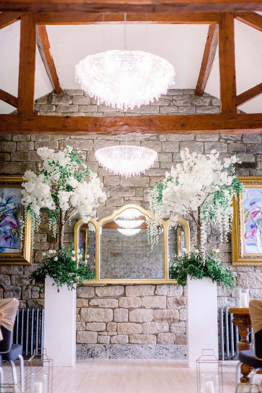 Classic and timeless styling for Laura & Billy's beautiful summer wedding, with Jo Bradbury Photography (12)