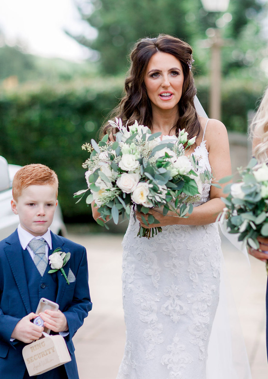 Classic and timeless styling for Laura & Billy's beautiful summer wedding, with Jo Bradbury Photography (19)