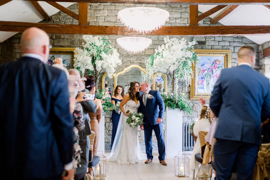 Classic and timeless styling for Laura & Billy's beautiful summer wedding, with Jo Bradbury Photography (26)