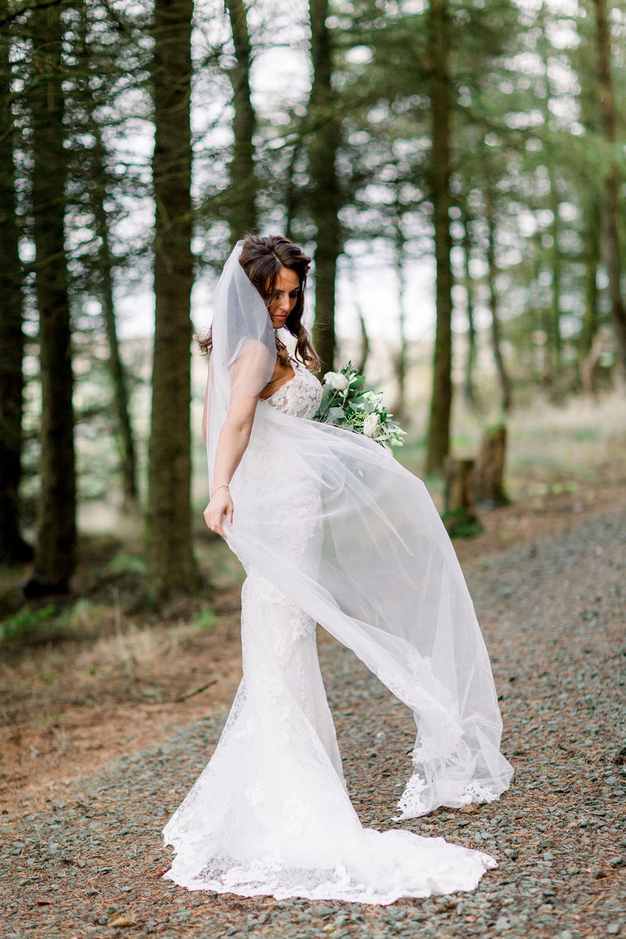 Classic and timeless styling for Laura & Billy's beautiful summer wedding, with Jo Bradbury Photography (27)