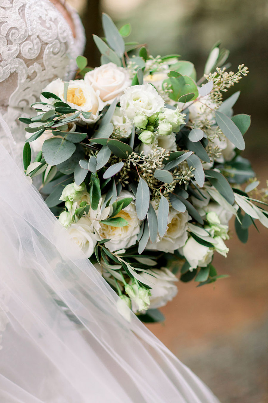 Classic and timeless styling for Laura & Billy's beautiful summer wedding, with Jo Bradbury Photography (28)