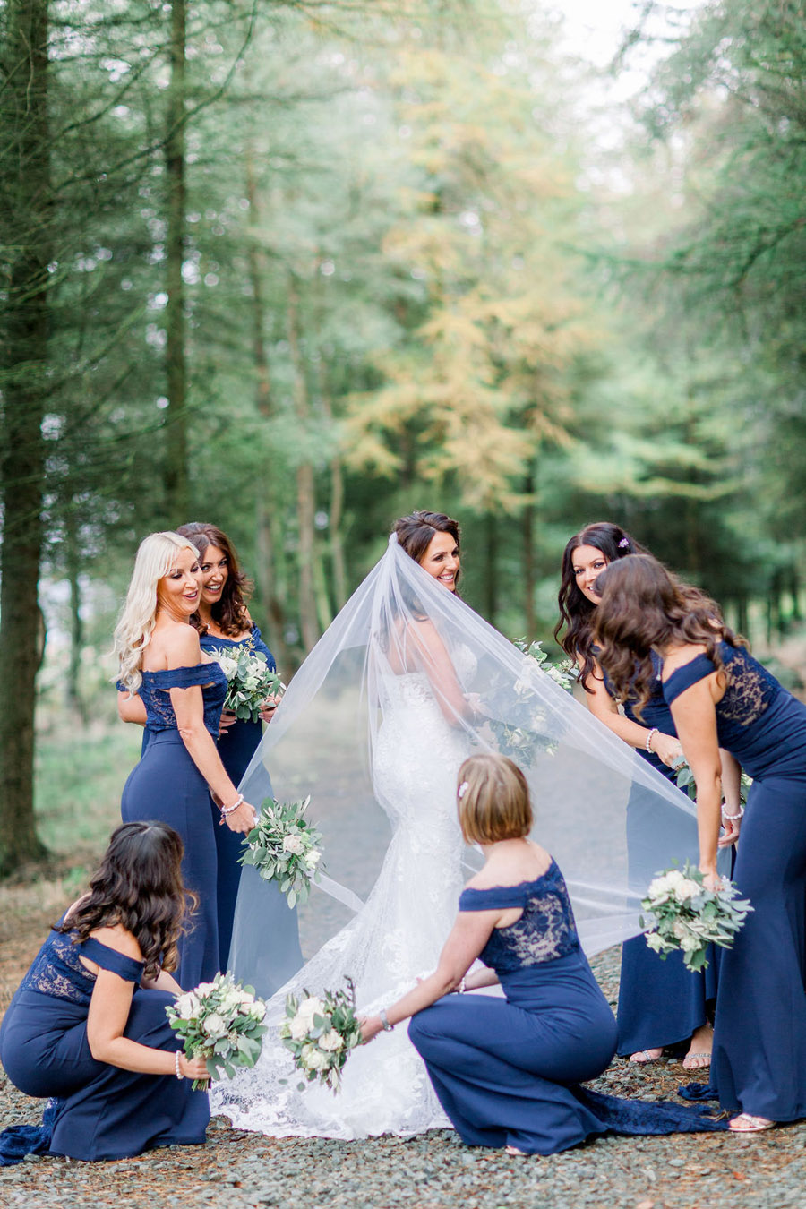 Classic and timeless styling for Laura & Billy's beautiful summer wedding, with Jo Bradbury Photography (32)