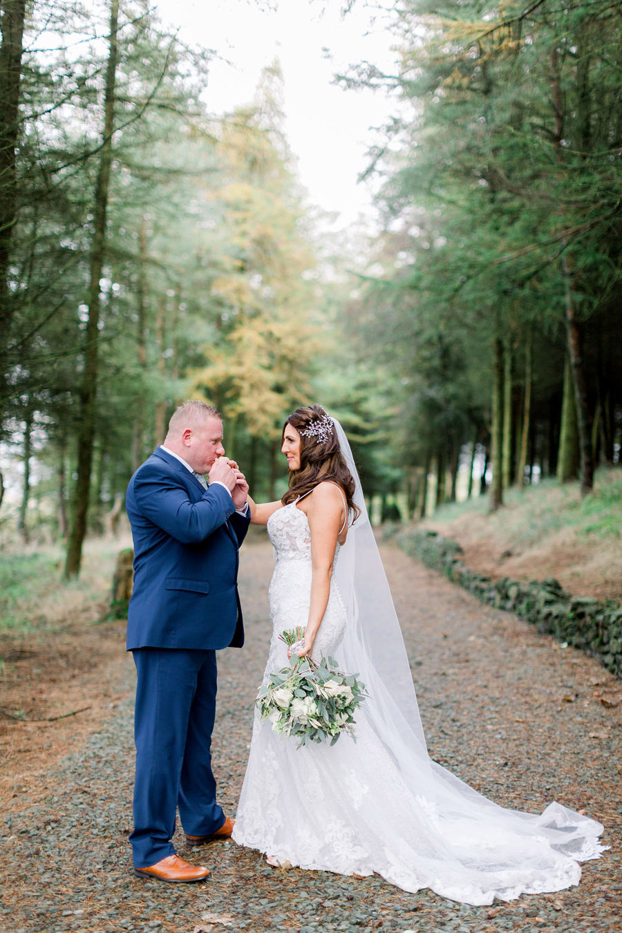 Classic and timeless styling for Laura & Billy's beautiful summer wedding, with Jo Bradbury Photography (34)