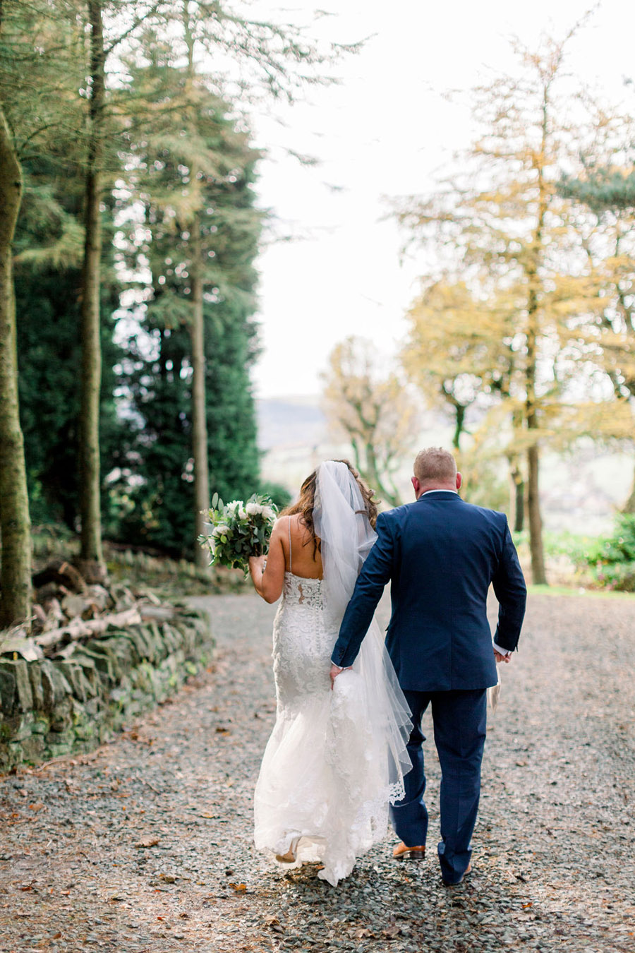 Classic and timeless styling for Laura & Billy's beautiful summer wedding, with Jo Bradbury Photography (49)
