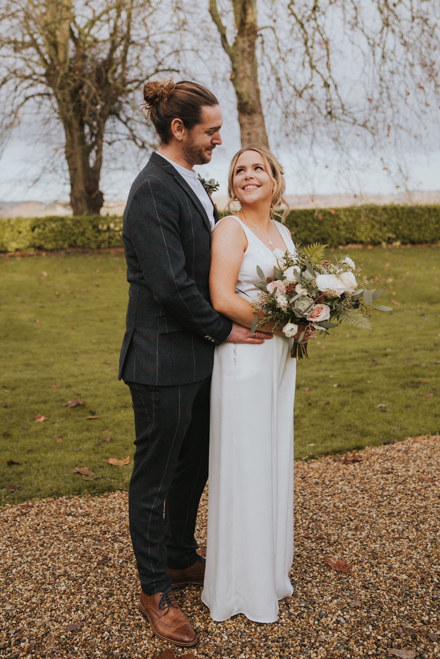 Susanna & Kieran's intimate, chic and modern wedding with Grace Elizabeth (30)