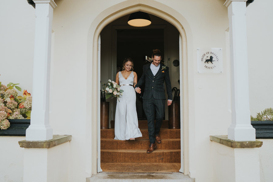 Susanna & Kieran's intimate, chic and modern wedding with Grace Elizabeth (16)