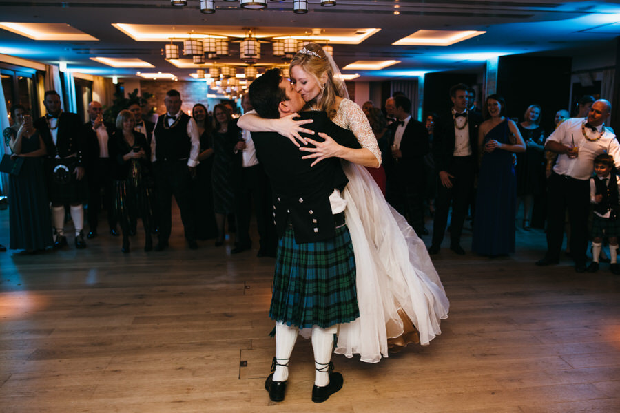 Vicky & Ali's stunning black tie NYE wedding on the Thames, with Simon Biffen Photography (45)