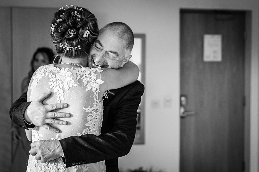 Kim & Graham's gorgeous Wellington Barns wedding, with Linus Moran Photography (9)