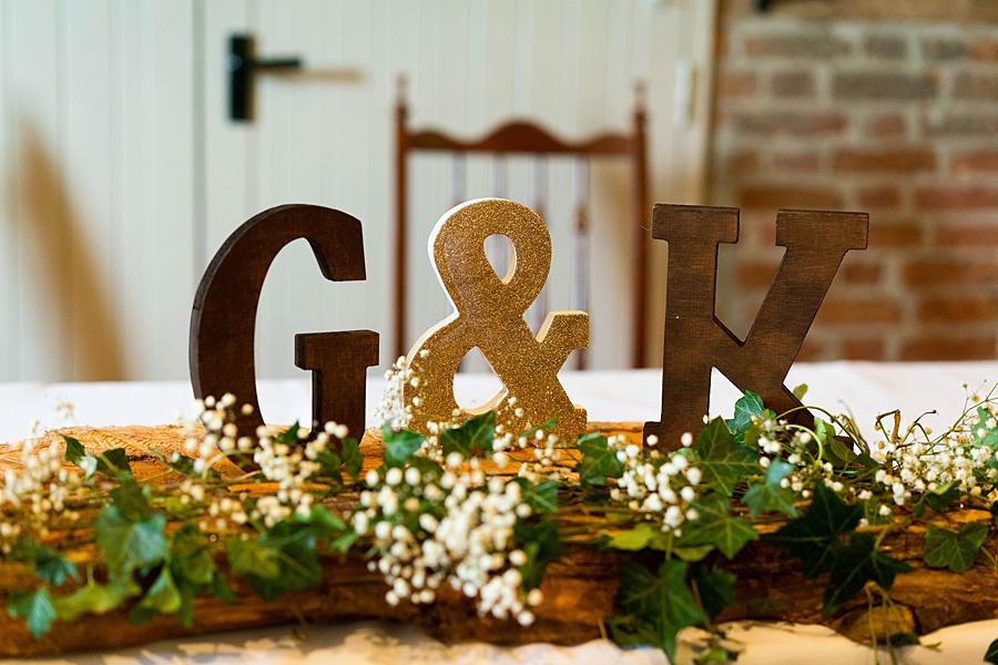 Kim & Graham's gorgeous Wellington Barns wedding, with Linus Moran Photography (12)