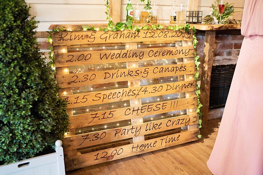 Kim & Graham's gorgeous Wellington Barns wedding, with Linus Moran Photography (26)