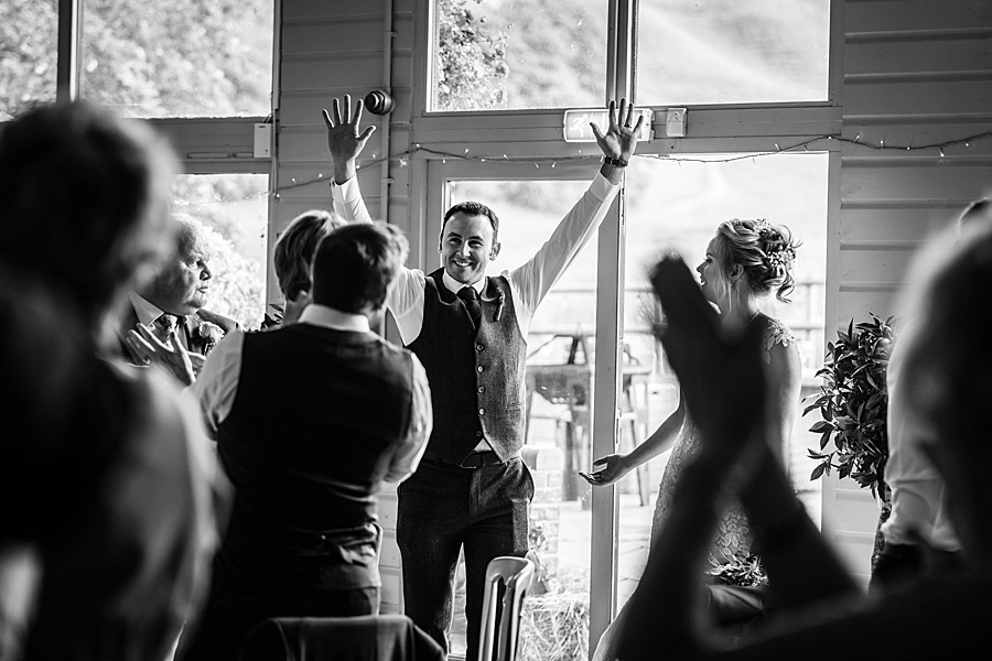 Kim & Graham's gorgeous Wellington Barns wedding, with Linus Moran Photography (33)