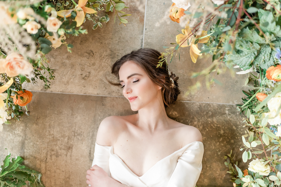 Effortlessly romantic, colourful spring wedding style from Botley Hill Barn (16)