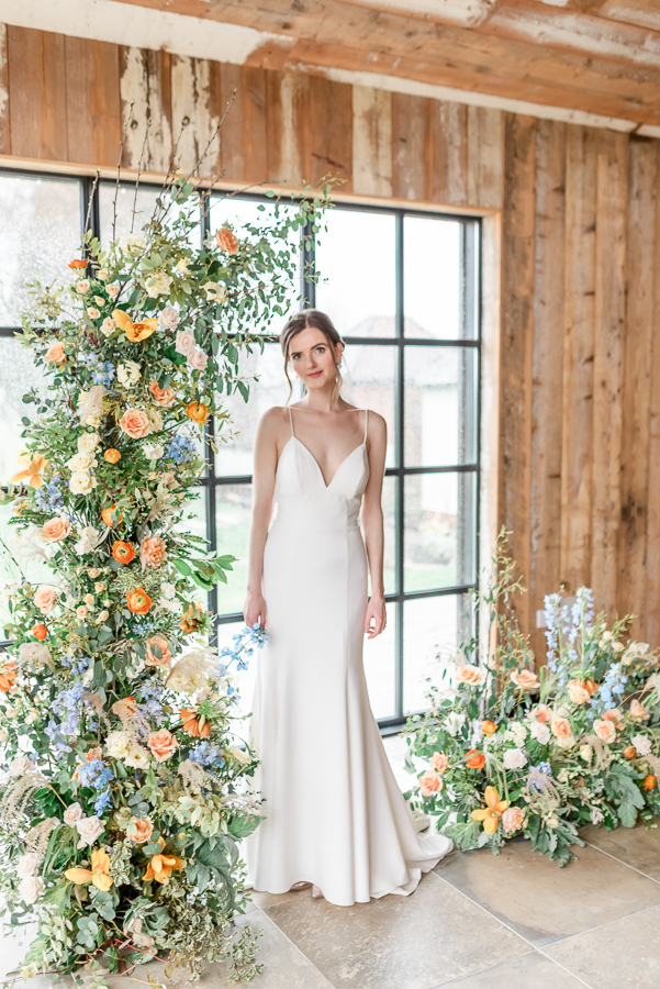 Effortlessly romantic, colourful spring wedding style from Botley Hill Barn (43)