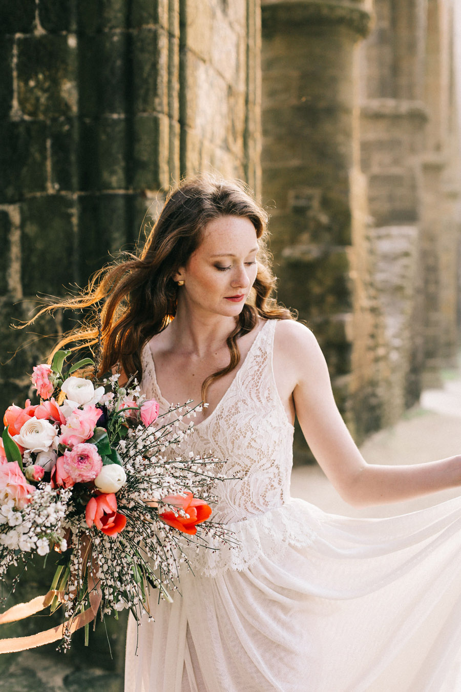 Elegant, floral and Ethical wedding inspiration shoot, image credit Amandine Ropars (12)