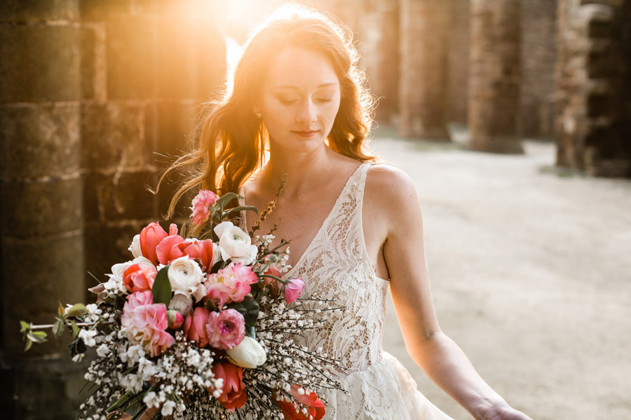 Elegant, floral and Ethical wedding inspiration shoot, image credit Amandine Ropars (11)