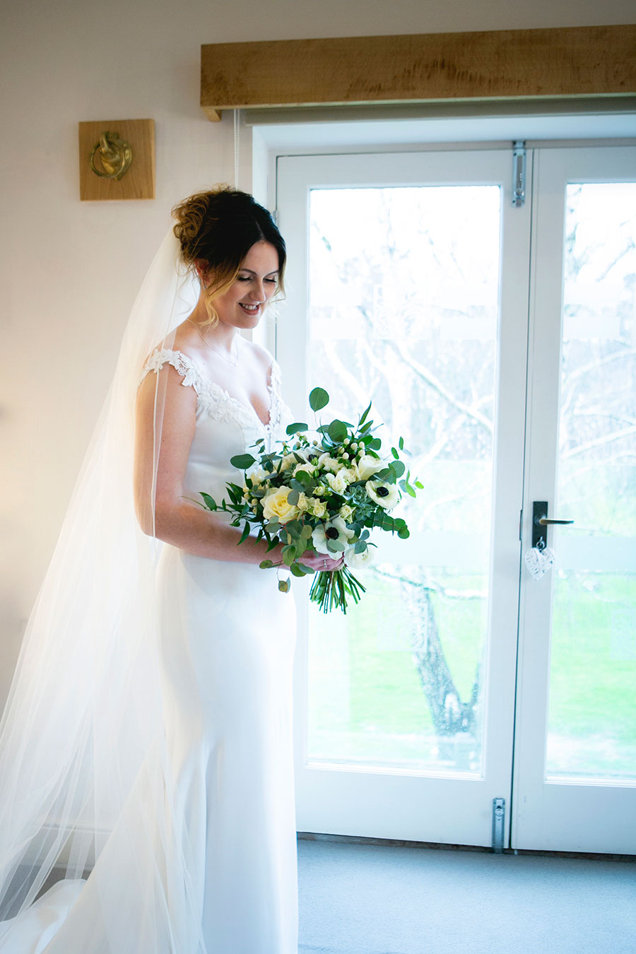 Anna & Kevin's chic modern wedding at Hyde House, with Katrina Matthews Photography (16)