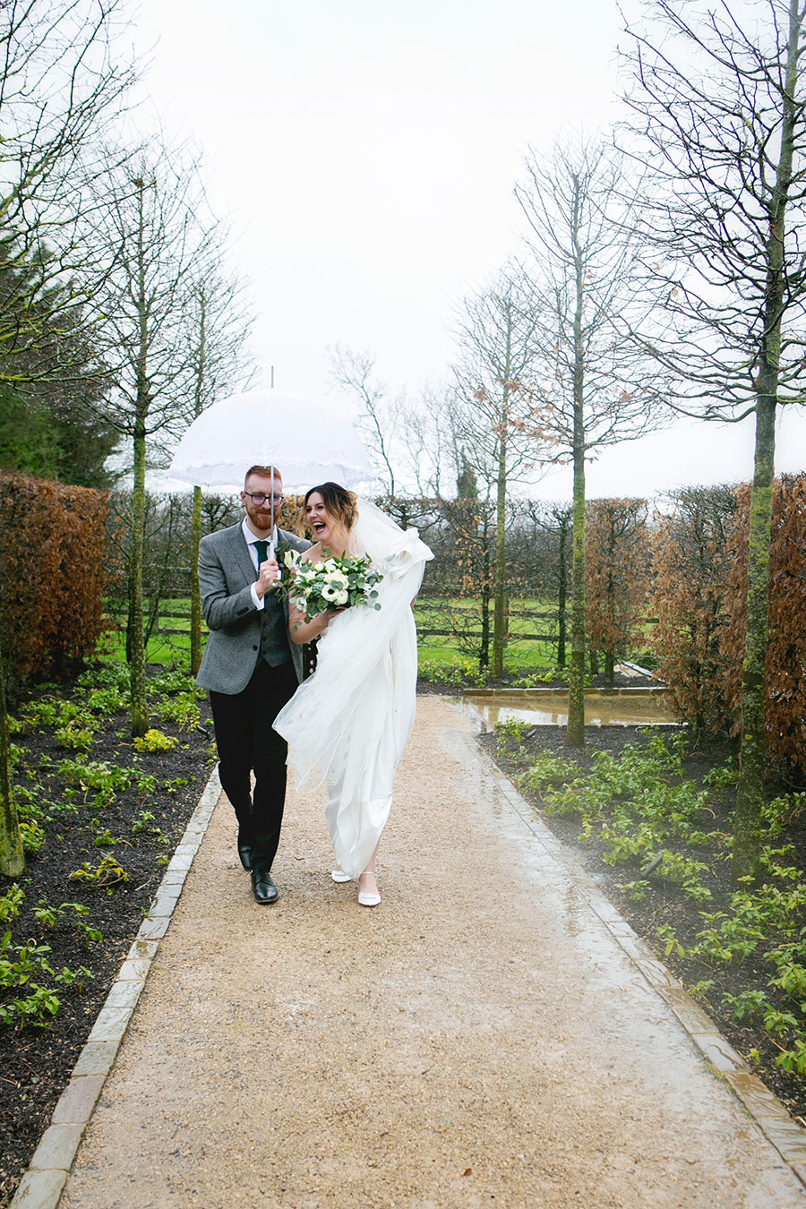 Anna & Kevin's chic modern wedding at Hyde House, with Katrina Matthews Photography (24)