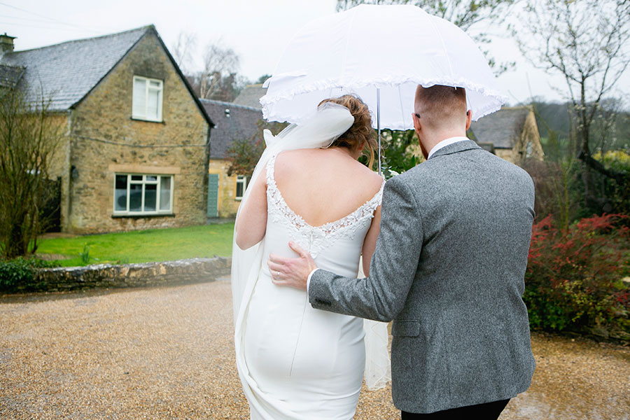 Anna & Kevin's chic modern wedding at Hyde House, with Katrina Matthews Photography (26)