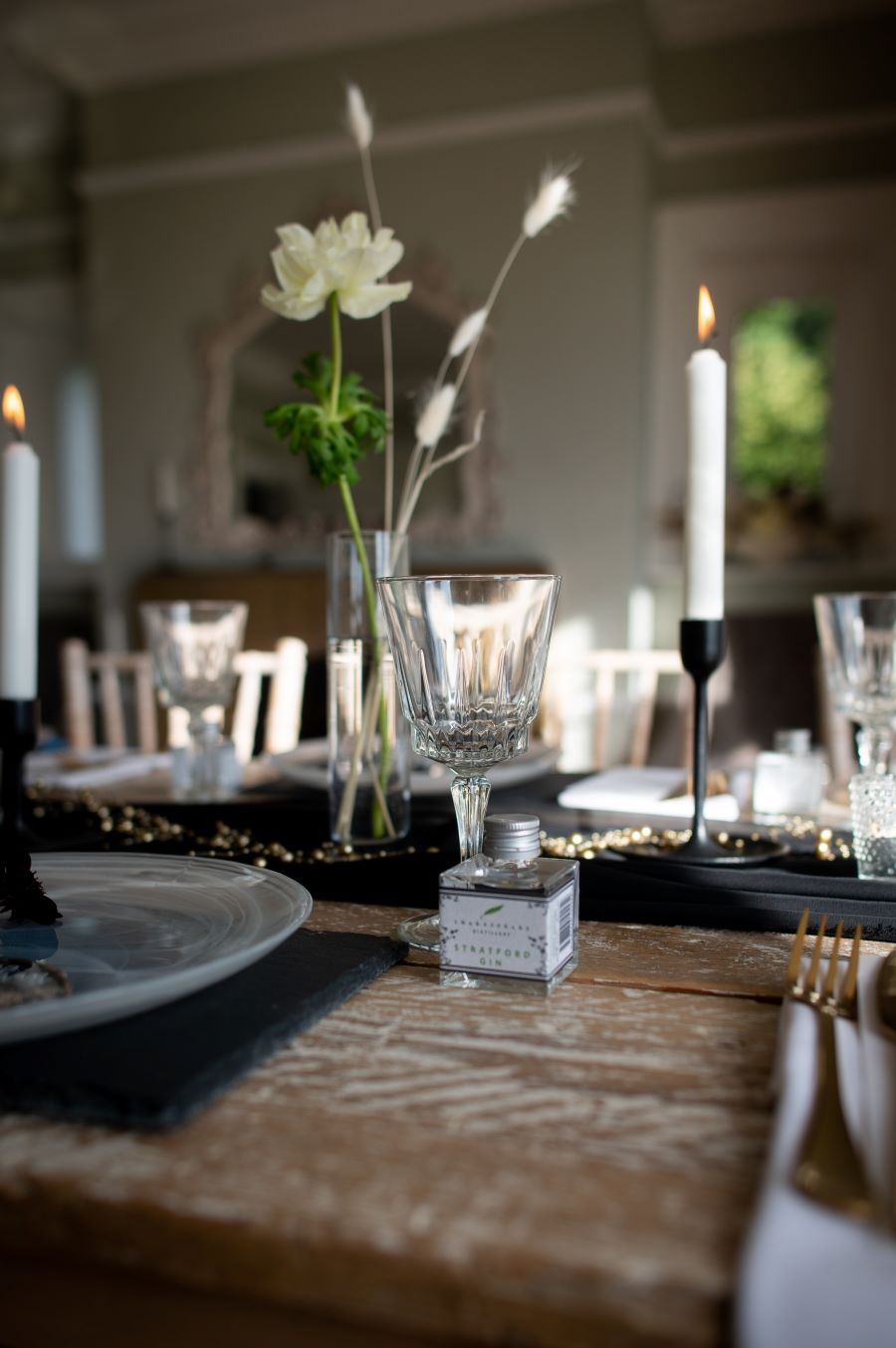 Modern Elegance in the Cotswolds countryside, image credit Dave Perry Photography (29)