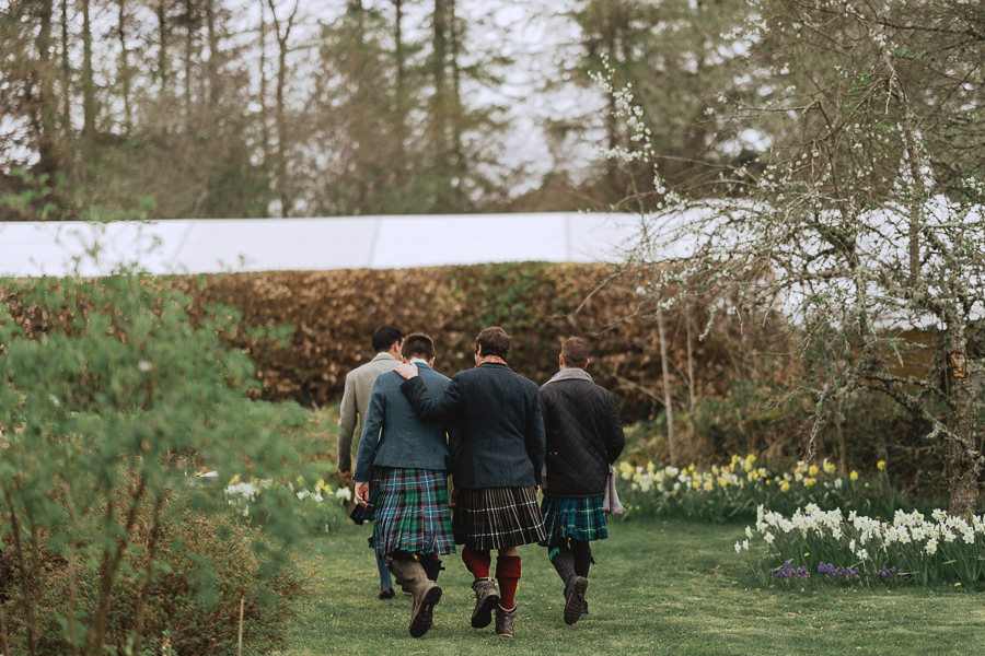 Nat & Oli's wild hilltop wedding with Fox and Bear Photography (15)