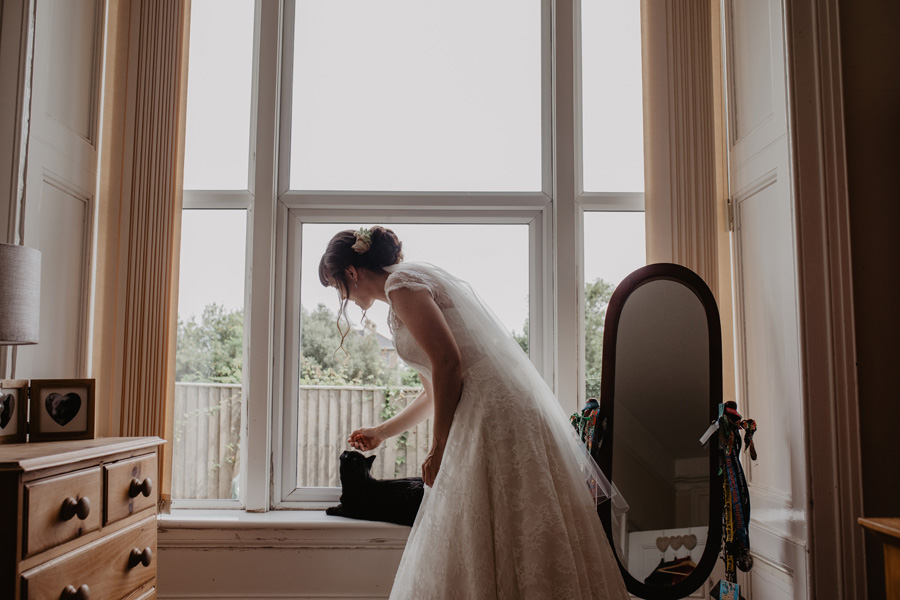 Hayley & Charlie's beautiful Isle of Wight wedding, with Holly Cade Photography (10)