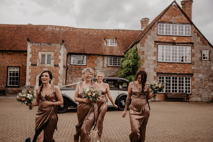 Hayley & Charlie's beautiful Isle of Wight wedding, with Holly Cade Photography (20)